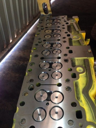 Caterpillar C15 Head